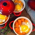 Søde kartofler med bagt æg, timian og bacon