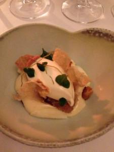 Overmodne pærer med brune kartofler og brændevin